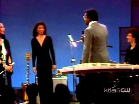 A Taste of Honey - I'll Try Something New (Soul Train 1982)