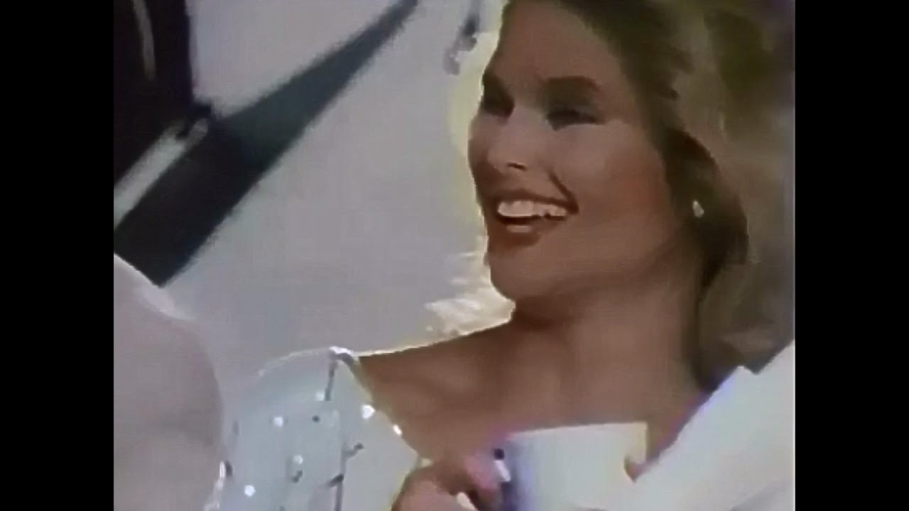 Christie Brinkley Commercial >> Cover Girl Cosmetics With Christie Brinkley 1984 TV ...
