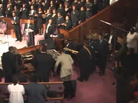 """Peace Praise"" Tribute to James Cleveland - GMWA Detroit Mass Choir"