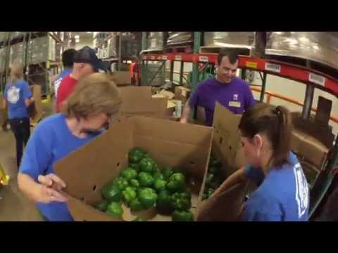 One Technologies Volunteers at the North Texas Food Bank