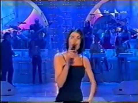 Giorgia - Un Amore Da Favola  [LIVE 2001]