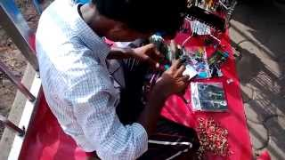 Amazing Key Chain Seller @ Haji Ali Near The Subway | Mumbai India 2014 [FULL HD]