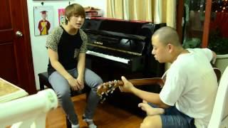 Sơn Tùng MTP hát Live Làm Người Luôn Yêu Em với đàn Ghita