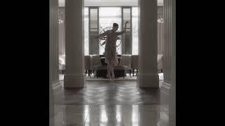 Waldorf Astoria Amsterdam Afternoon Tea, Back on Stage Teaser