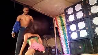 Bhojpuri hot and adult scene at Satge arkeshtra 2016_HD