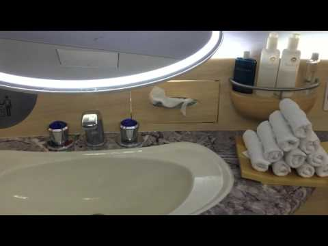 FIRST CLASS A380 Emirates - Private Shower for First Class Passengers ONLY