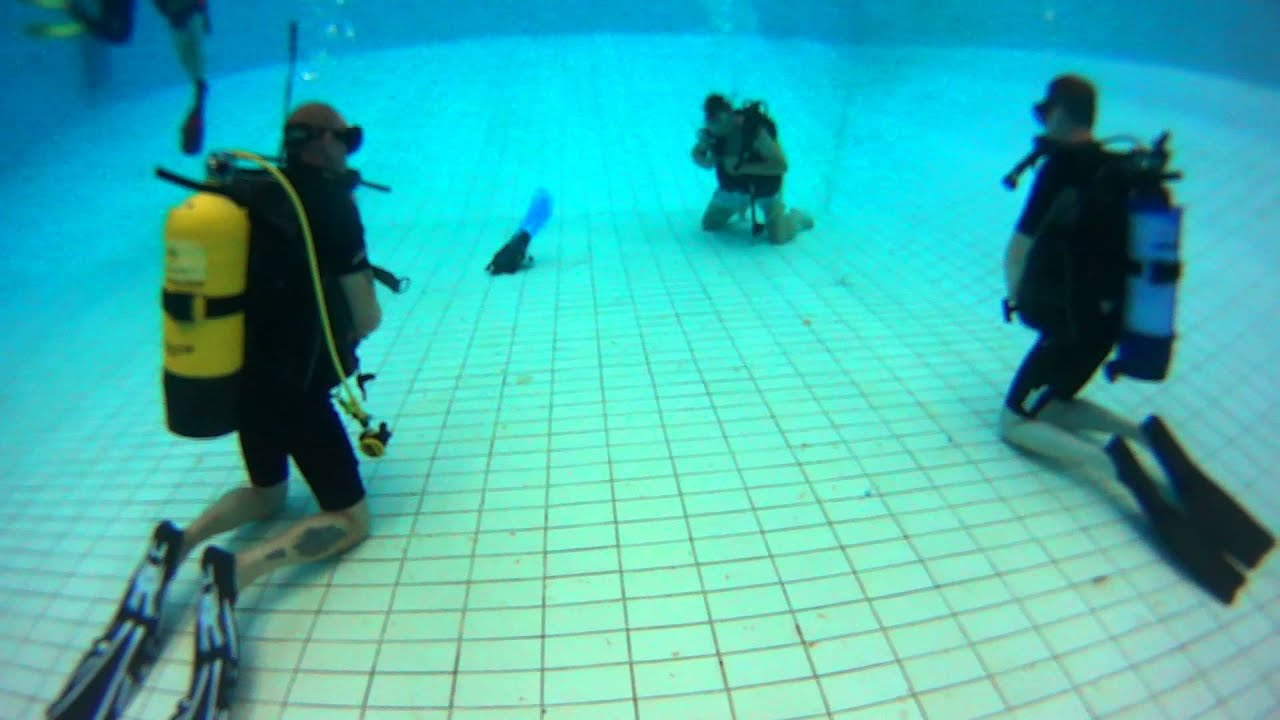 Bromley Scuba And Social Club At Crystal Palace Diving Pool