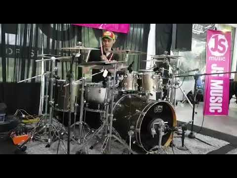 Ujang drum cover cinta dan sayang khalifah