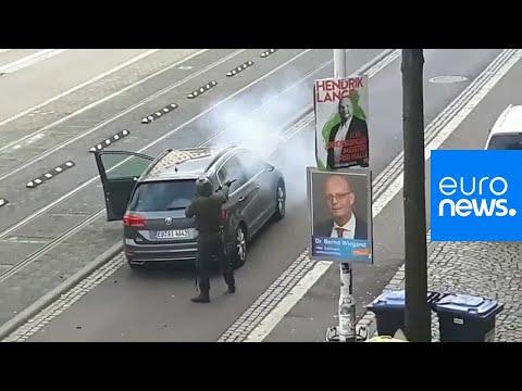 شاهد: لحظة الهجوم على كنيس يهودي ومطعم تركي في ألمانيا  - 19:54-2019 / 10 / 9