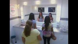 Repeat youtube video prank_4_orang_lesbian_buat_seks_dalam_tandas_relaxsudah.com.flv