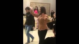 Анзор)) избалованный танцует