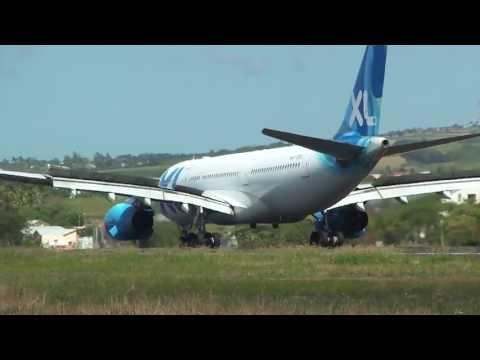 Atterrissage piste 12,Airbus A330 XL Airways France,Ile de la Réunion