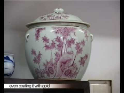 Beijing Shopping, Antique Porcelain Wares of Old Time, Video 2 of 3