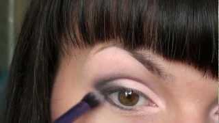 видео Макияж для серо-зеленых глаз