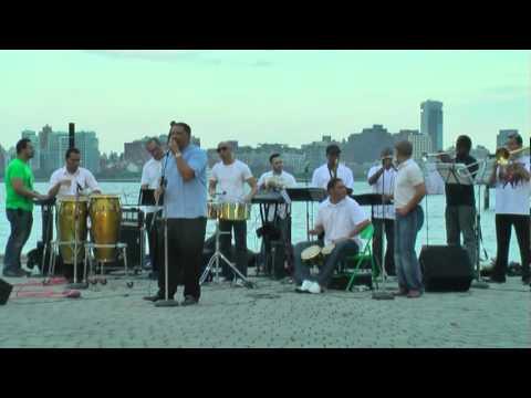 Son Nueve   Sinatra Park Hoboken 8 4 2011