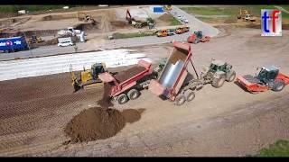 **ACTION** 2x LIEBHERR R 926, CAT, John Deere & FENDT Tractors, HAMM, BOMAG, ... Germany, 2017.