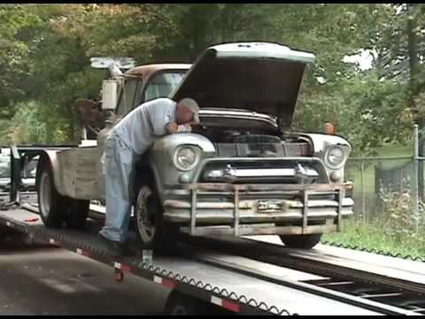 1955 CHEVY 6100 tow truck - YouTube