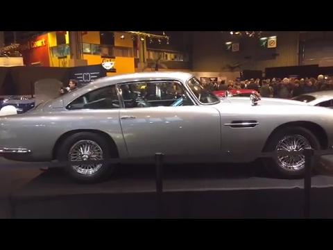Rétromobile 2017: à la découverte des plus belles voitures de collection au monde