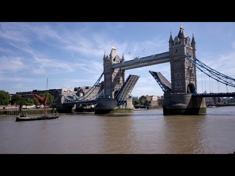 How Long Does Tower Bridge Take To Open And Close? + Fun Facts