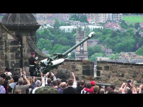 Tour of Edinburgh Castle, Edinburgh, Scotland, UK