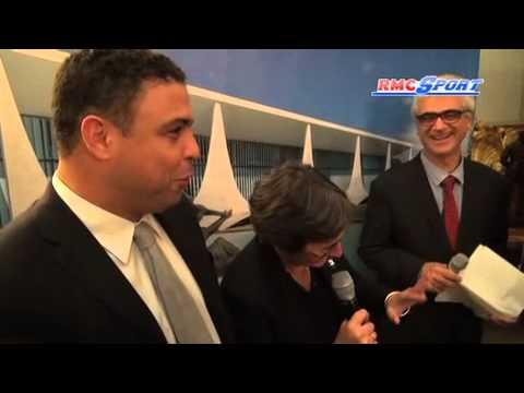 Quand Valérie Fourneyron s'emmêle les pinceaux avec Ronaldo - 07/11