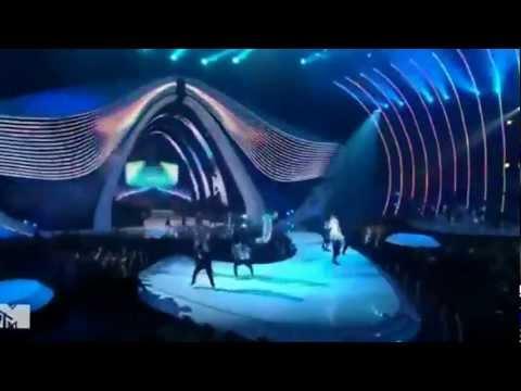 Chris Brown - Yeah 3x & Beautiful People @ Reproducing Music