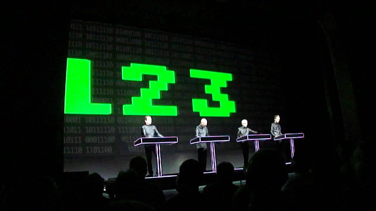 Kraftwerk - Computerworld 3D live in Munich 2011 - YouTubeKraftwerk 3d