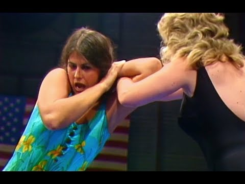 (720pHD): WCCW 11/05/83 - Judy Martin Vs. Princess Victoria