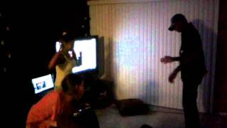 Emy reyes ashlyn leighs and jon jon dance to maroon 5 moves like jagger