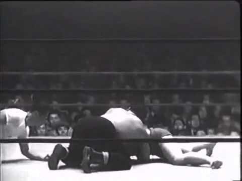 Rikidozan vs Masahiko Kimura 1954   Part 1 2