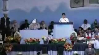 Nazm: Woh Peshwa Hamara - UK Jalsa 2009 By The Promised Messiah (AS)