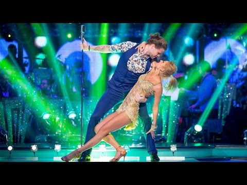 Jay McGuiness & Aliona Vilani Cha Cha to 'Reach Out I'll Be There'  Strictly Come Dancing: 2015
