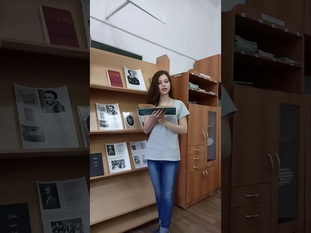 Изображение предпросмотра прочтения – НатальяГоршкова читает произведение «Россия ( Опять,как в годы...)» А.А.Блока