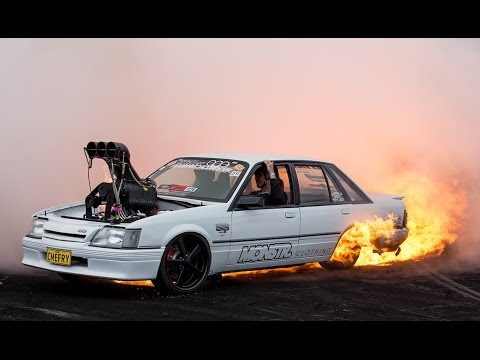 Cars 2 Live Wallpaper Cutsik Fire At Summernats 29 Youtube