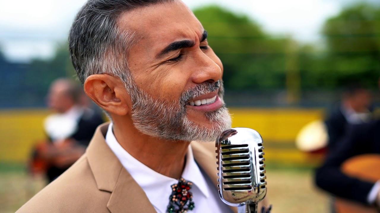 Tributo a Juan Gabriel | Fernando Gil | [Video Oficial] - YouTube