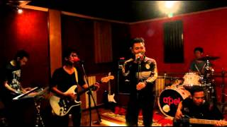 Video Cover Kun Anta Versi Band  by The SWAN download MP3, 3GP, MP4, WEBM, AVI, FLV Agustus 2017