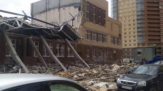 УЖАС обрушилась крыша в школе от ЦДС Новое Мурино. Санкт-Петербург