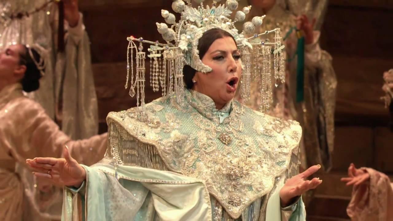 """Turandot: """"In questa reggia"""" -- Maria Guleghina (Met Opera)"""
