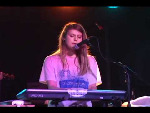 Lydia Ainsworth - White Shadows (Live at the Rock Shop)