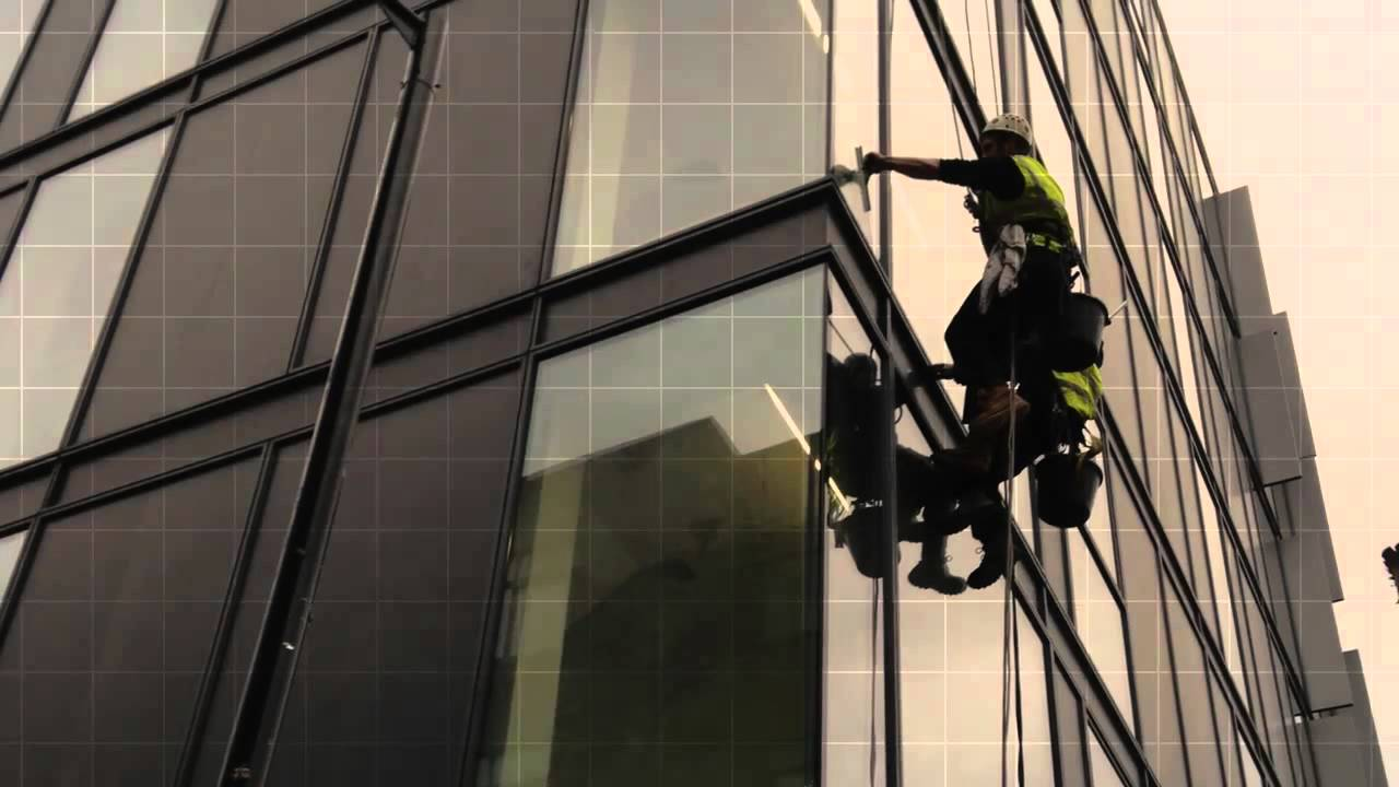 window cleaning rope access london abseiling