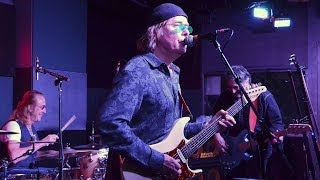Roger Earl sits in with Savoy Brown at Kim Simmonds/Savoy Blues induction ceremony