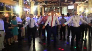 Рвем танцпол :D