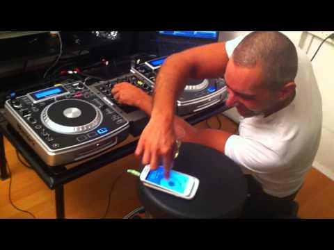 DJ Dan in studio