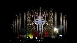начало концерта Мадонны Москва 2012.mp4(Давыдов, Калиниченко, Прыганова., 2012-08-08T18:45:19.000Z)