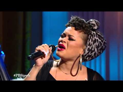 "Andra Day Performs ""Drown in My Own Tears"""