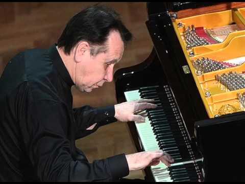 Mikhail Pletnev plays Mozart Fantasia in C minor, K. 396 - live 2014