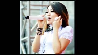 Download lagu Sera Marai Cemburu Via Vallen MP3