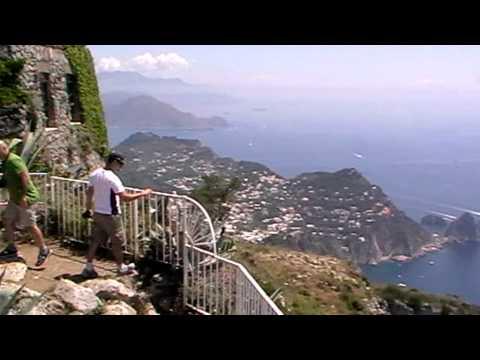 Sorrento, Amalfi-coast, Capri, Pompei by TdM Travel