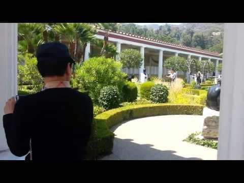 어머니 경화네  Paul Getty Malibu Museum