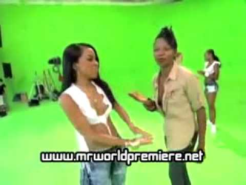 Aaliyah-Exclusive Footage of Rock The Boat (August 22-25 ...